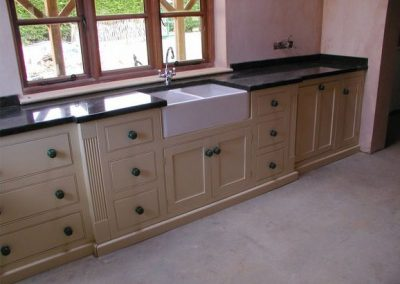 kitchen-manufacturer-con1-960x720