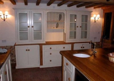 PAINTED KITCHEN WITH OAK WORKTOPS 7